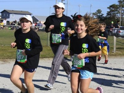 GO FAR girl's running 'bug' spreads to mom, grandfather
